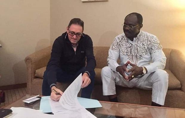 Cameroun: Toni Conceição a signé son contrat d'entraîneur-sélectionneur des Lions