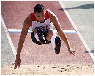 Cara dan Teknik Dasar Melakukan Lompat jauh