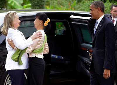 Suu kyi Obama Clinton conjugandoadjetivos
