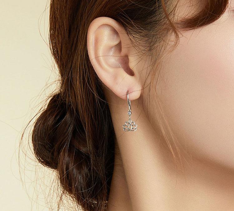 典雅鏤空蓮花 925純銀耳環