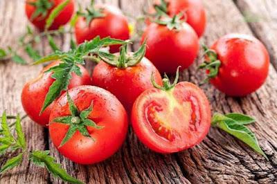cara menggunakan tomat untuk kecantikan, obat jerawat, menghilangkan bekas jerawat dengan tomat