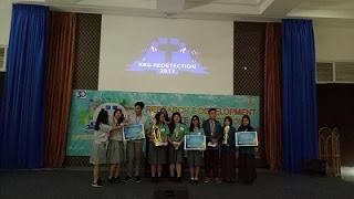 Contoh Pembicara Pertama Tim Pro dalam Lomba Debat Bertema Ekonomi dan Pendidikan oleh Martin Karakabu guru Bahasa Indonesia di SMA Kanaan Jakarta