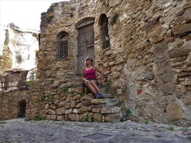 case pietra bussana vecchia