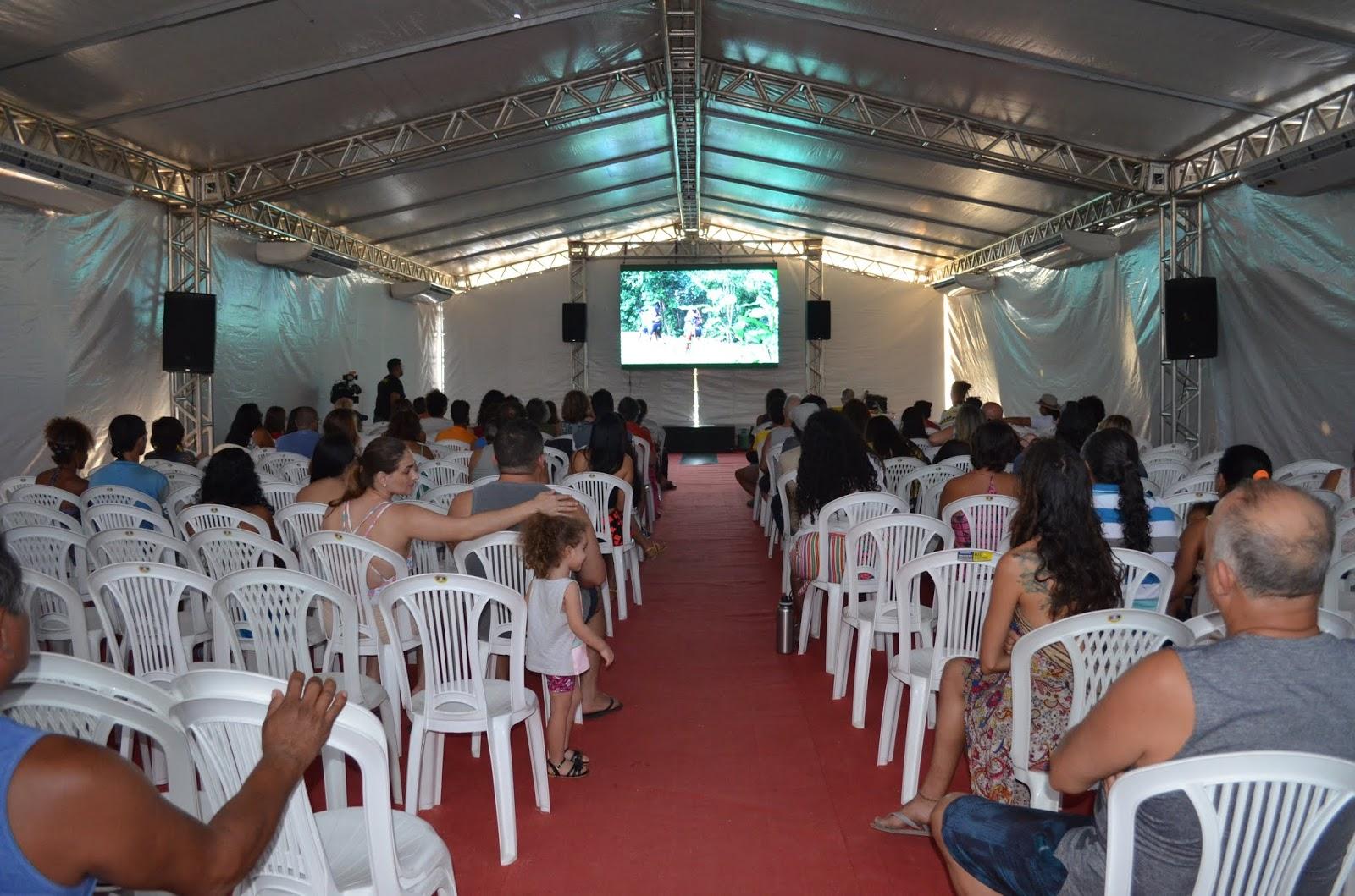 Muita quinquilharia e pouco ouro: Festival de Cinema de Alter do Chão. Por Paulo Cidmil