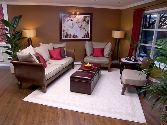 feng shui living room with storage bench