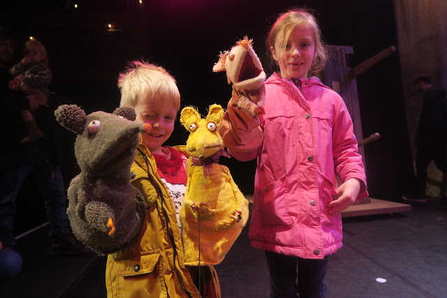 Puppets by Lily and Alex Puppet Panto