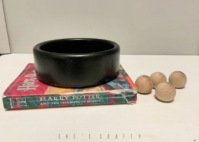 instructions for making a Harry Potter planter from a wooden bowl