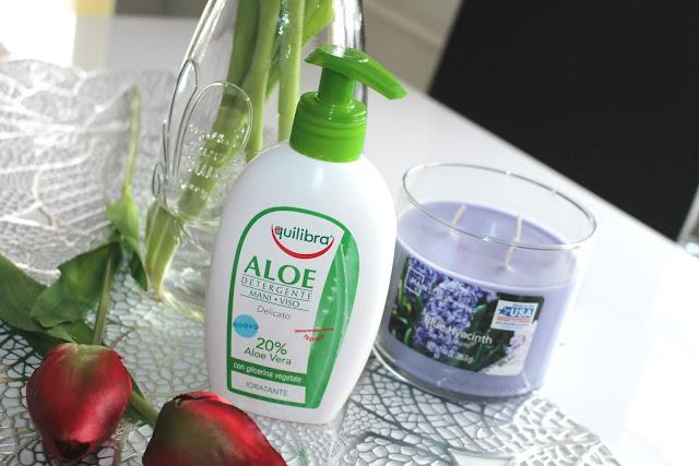 Aloesowy żel oczyszczający do twarzy i rąk Equilibra