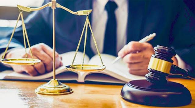 criminal defense law defendant vs plaintiff court case