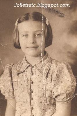 Mary Eleanor Davis school picture 1939 https://jollettetc.blogspot.com