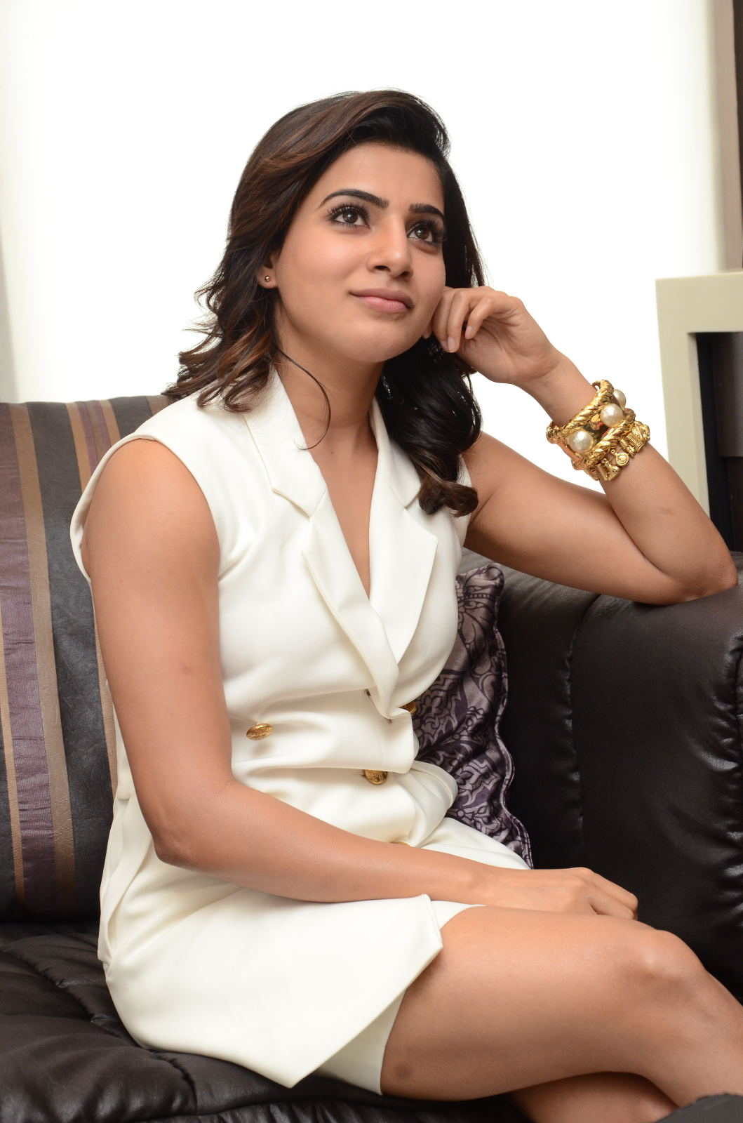 samantha ruth prabhu pictures: samantha thigh show photos