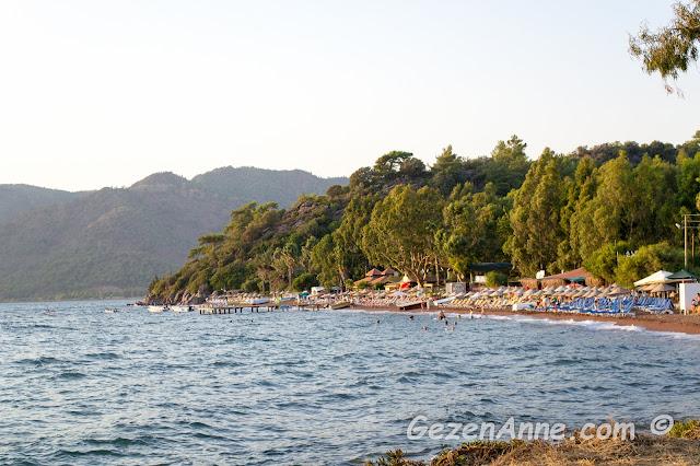 Hisarönü sahili, denizi ve plajı, Marmaris