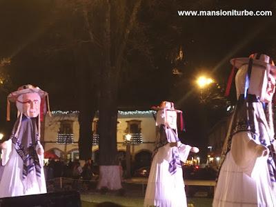 Los Viejitos en el Nacimiento Monumental de Pátzcuaro