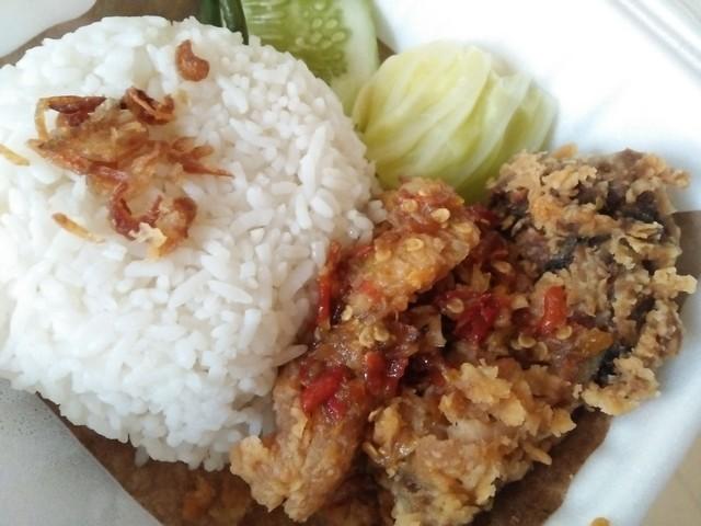Ayam Geprek, Sajian Nikmat Kuliner Favorit