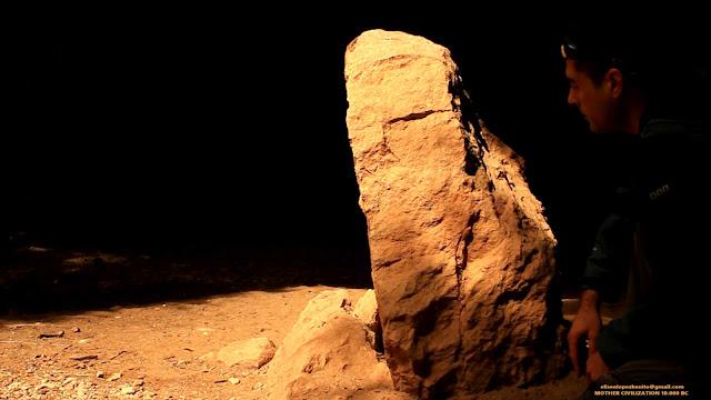 Montaña de Montserrat, Eliseo López Benito, Civilización Madre, Deidad barbada de Montserrat, Dioses barbados, Misterios, el arte incomprendido,