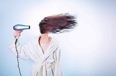 ما هي اسباب تساقط الشعر؟