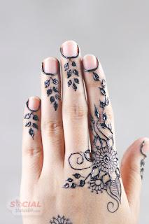 mehndi flower designs