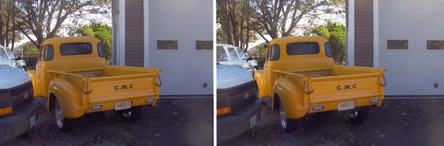 GMC yellow pickup in relaxed view 3d stereograph