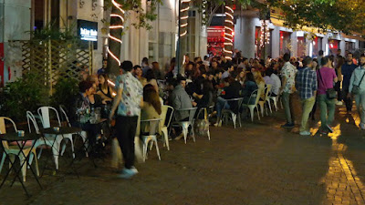 Οκτώ νεαροί Ιταλοί θετικοί στον Covid-19, μετά από διακοπές στην Κέρκυρα