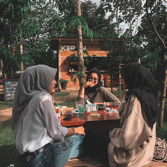 Cafe Kebon.tr Malang