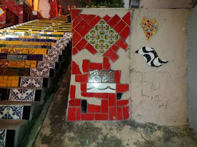 Artista: Selaron Local: Bairro da Lapa - RJ