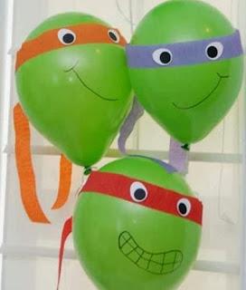 http://manualidadescon.com/10067/decorar-globos-como-tortugas-ninjas