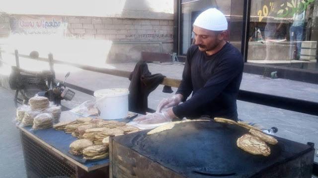 """""""خبز المرشم""""من الصناعات الغذائية التقليدية المشهورة في محافظة السويداء"""