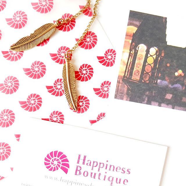 The Happiness Boutique | Vintage Inspired Fashion Jewellery - Gold Boho Feather Necklace