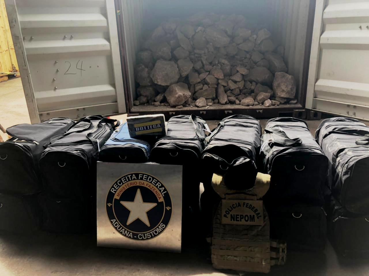 Receita Federal intercepta quase 470 quilos de cocaína no porto de Vila do Conde