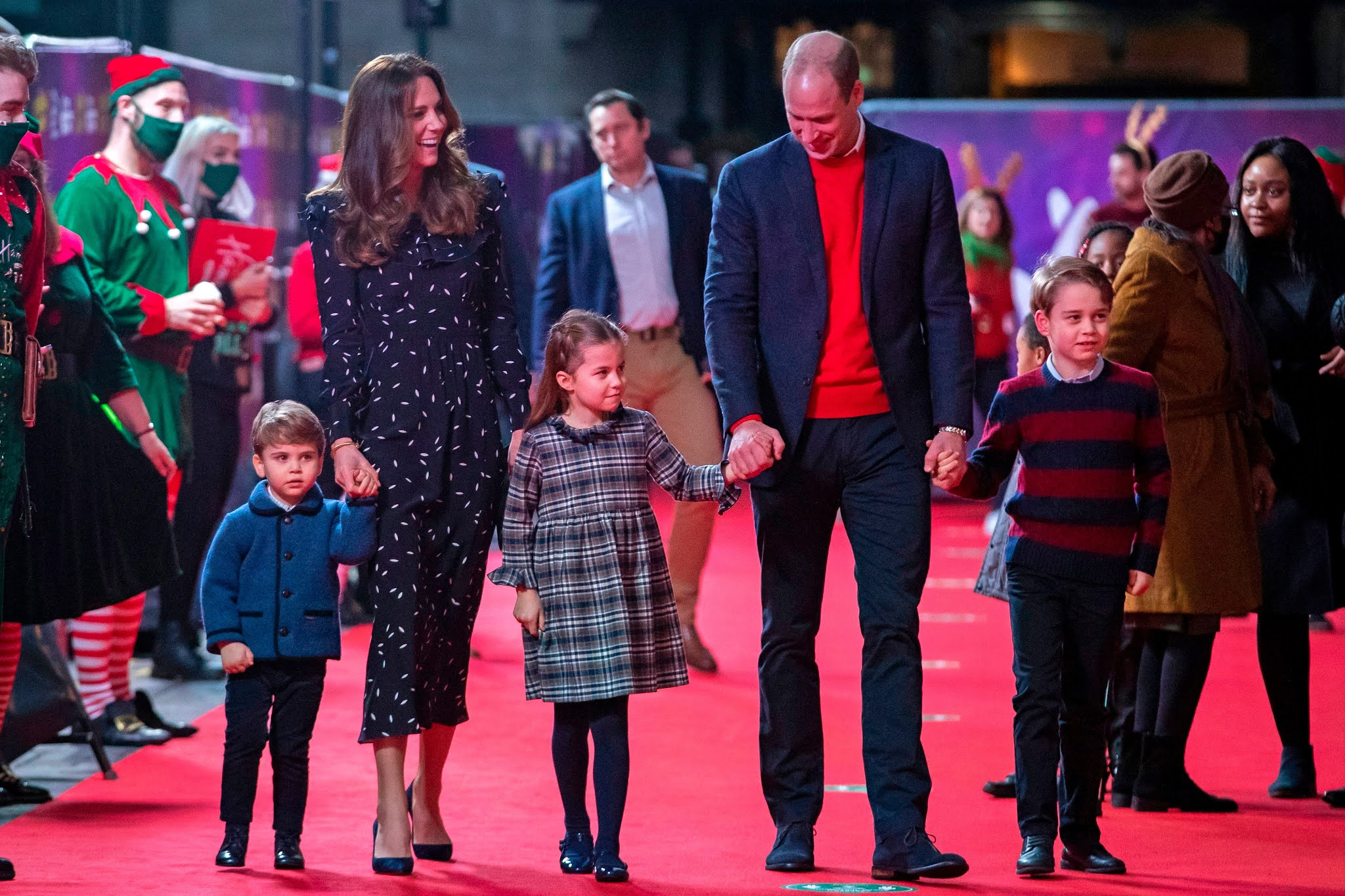 Jak wyglądały ostatnie dni wakacji Kate, Williama i ich dzieci? + więcej informacji