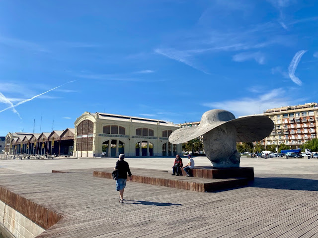 Hat sculpture and Tinglado building by the port of Valencia, Spain