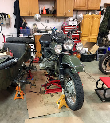 Replacing Pushrod Tube Seals on Fiona s BMW Engine