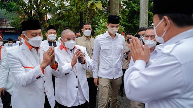 "Sambangi Prabowo, Presiden PKS Minta ""Dimuluskan"" RUU Perlindungan Tokoh Agama"