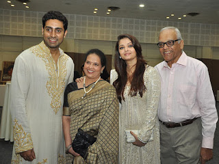 Aishwarya Rai With Her Parents And Abhishek Bachchan