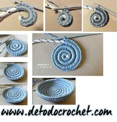 crochet-bowl-yin-yang-paisley-jewelry-dish