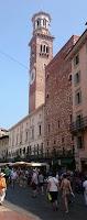 Palacio de la Razón y la Torre de los Lamberti.