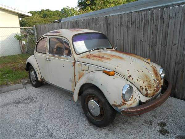 1972 VW Bug Super Beetle