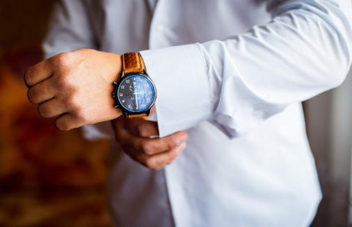 Model Jam Tangan Pria Paling Disukai