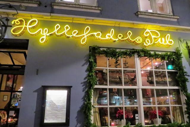 Winter in Copenhagen: Hyttefadets Pub