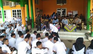 Danramil 03 Bagan Sinembah Sosialisasi Karlahut Pada Siswa dan Karang Taruna