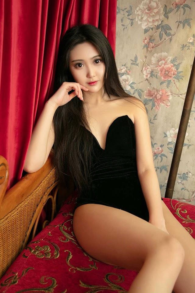 [UGirl] U426 Banana - Asigirl.com - Download free high quality sexy stunning asian pictures