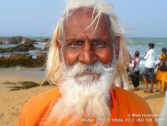 © Matt Hahnewald, Facing the World, close-up, portrait, street portrait, Dravidian people, South India, Kanyakumari, ghats, headshot, Hindu man, old man, pilgerer, white beard