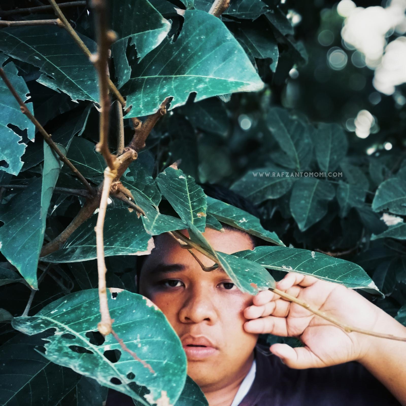 Saya & Gambar IV -Edisi Balik Kampung- Rafzan Tomomi
