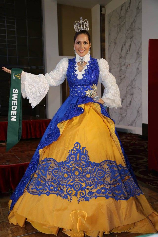 Clustereum 2016 Miss Earth Best National Costumes Official