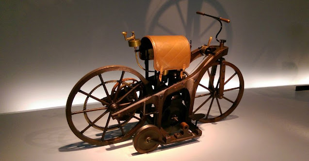 "World's First Petroleum Fueled Motorcycle ""Daimler Reitwagen"""