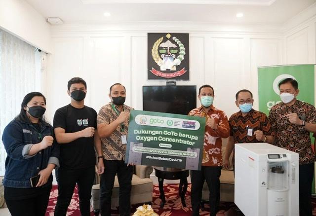 Gojek Indonesia Beri Bantuan 20 Unit Oksigen Konsentrator untuk Sulawesi Selatan.lelemuku.com.jpg
