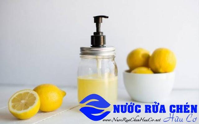 Nước rửa chén tự nhiên từ chanh tươi, muối và giấm