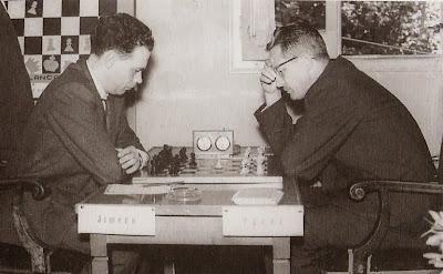 Partida Francisco José Pérez - Ángel Jimeno en el Torneo Internacional de Ajedrez Tarragona 1960
