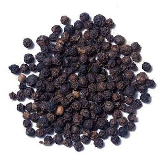Black pepper prices rises due to papad makers demands.