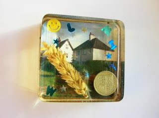 Keepsake paperweight for sentimental items